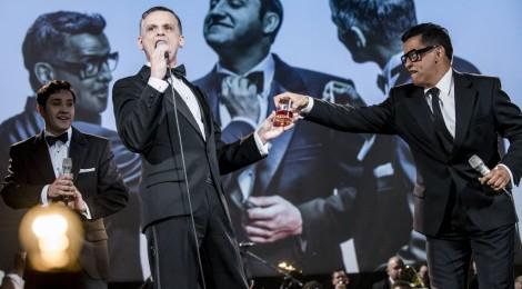 Gentlemani palą na scenie (Rat Pack, czyli Sinatra z kolegami)