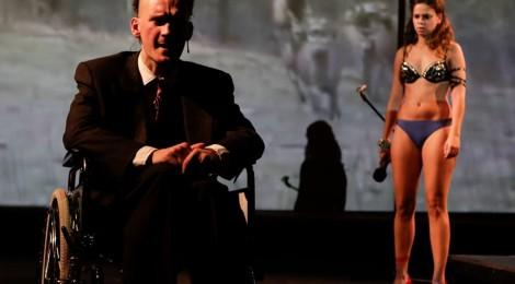 Inwigilacja, dekomunizacja i... taniec na rurze (Festiwal Parallel Lives)