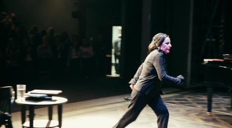 Pod sztandarem kobiet (VIII Festiwal Wybrzeże Sztuki)